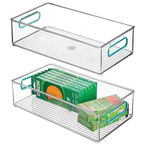 mDesign Opbergdoos met geïntegreerde handgrepen, voor het opbergen van keuken-, badkamer- of kantoorbenodigdheden, kunststof box voor het bureau, doorzichtig en blauw 2er Pack doorzichtig/lichtblauw