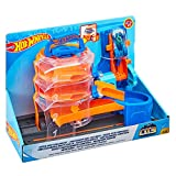 Hot Wheels Parque de acrobacias, pista de coches de juguete (Mattel FNB16)