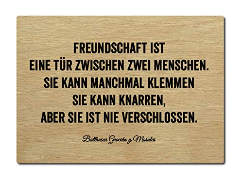 Interluxe LUXECARDS Postkarte Holzpostkarte Freundschaft IST EINE TÜR Spruch Zitat Freunde