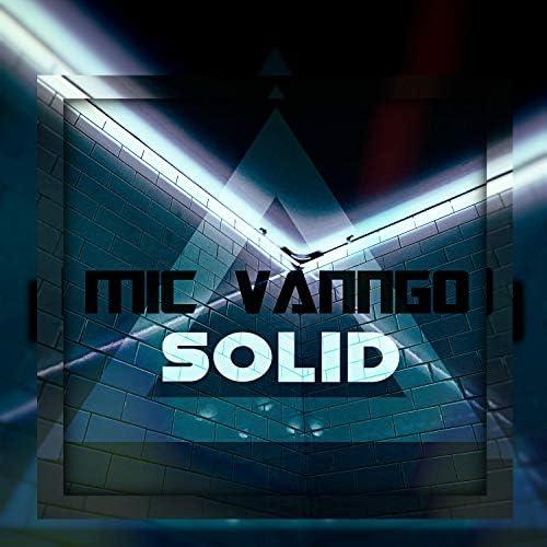 Mic Vanngo