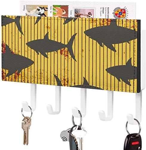 Gancho para llaves montado en la pared, soporte para llaves, fondo de tira amarilla con patrón de tiburón, decoración del hogar para la entrada, estante de exhibición de periódicos con 5 ganchos para