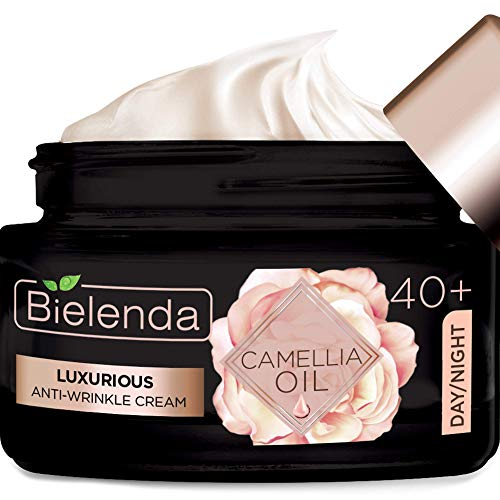 Bielenda Camellia Oil - Intensively Moisturizes, Supports Nourishment And Regeneration, Retains Moisture In The Skin - Camellia Oil Luxurious Antiwrinkle Face Cream 40+ Day/Night - 50 ml