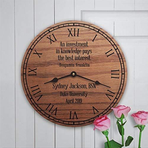 Reloj de pared de madera con diseño de graduación de enfermera, silencioso, no se hace tictac, grado P-h-d, 12 pulgadas, funciona con baterías, médico, graduado, enfermería, oficina