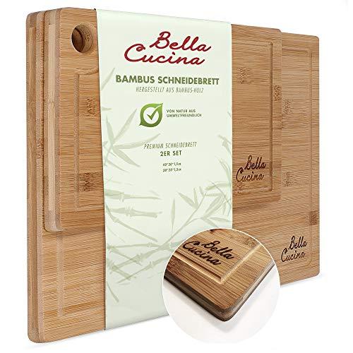 Bella Cucina© Bambus Schneidebrett 2er Set mit Saftrille | Massive Küchenbretter aus Holz als Einzel- und 2er Set | Inklusive Saftrille und Loch zum Aufhängen (2er Set)