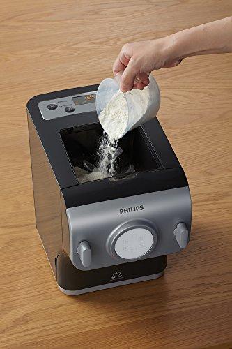 Philips HR2358/12  Pasta Maker Plus con Funzione Bilancia Integrata per Preparare Pasta Fresca, Programmi Automatici, 200 W, 500 g, Ricettario incluso, Avance Collection, Grigio/Argento