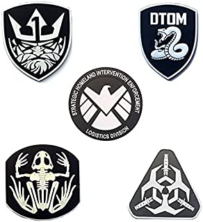 Tactical Mixed Patch, TOWEE 5 Pack Old King/Rattlesnake/ The Avengers/Skeleton Frog/Delta Force Military PVC Reflective Morale Patches