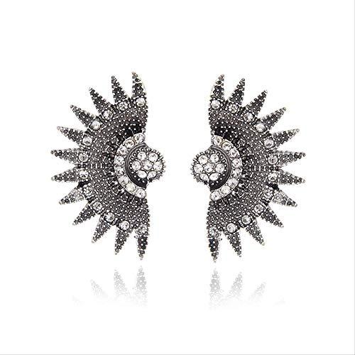 Sieraden voor vrouwenTrend Fanshaped Earring Vintage Big Statement Stud Oorbellen