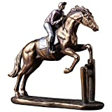 QIBAJIU Sculture Decorativi Statue Figurine Statue Corse di Cavalli Scultura in Movimento Statua Scultura in ResinaFigura Domestica Statua Equitazione