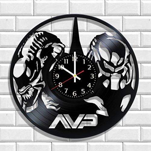 Art Vintage Wall Clock Alien vs Predator AVP Made from Real Vinyl, Original Alien vs Predator AVP Wall Poster