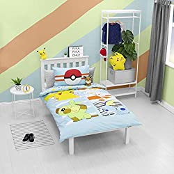 POKEMON JUMP DESIGNS: Pikachu is back with Grookey, Scorbunny, and Sobble on this Pokemon Single duvet. If your little one is a Pokemon fan they will love this Pokemon duvet. Watch them fall asleep with their favourite characters. Reversible as well ...