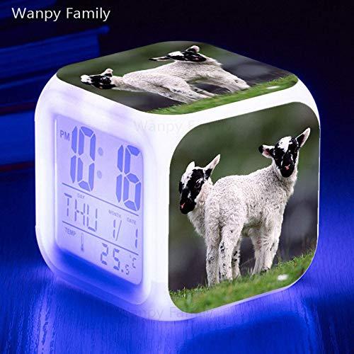 ShiyueNB Mooie kleine schapen LED wekker 7 kleuren lichtgevende multifunctionele touch sensing wekker voor kinderen verjaardagscadeau horloges