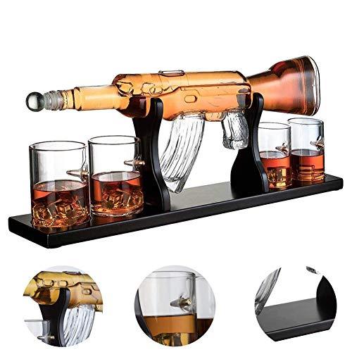 AUZZO HOME Scotch Whisky Dekanter 1000 ml AK47 großer Pistole Weißwein Dekanter Set Mit 4 Aufzählungs Cup für Wodka Rumwein Tequila Brandy Glasset - Holzsockel und sicheres Paket