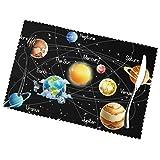 Juego de manteles individuales de 4 estrellas de planetas y posavasos con estampado de galaxia de la Vía Láctea para mesa de comedor, antideslizantes, resistentes al calor, lavables, 30X45CM