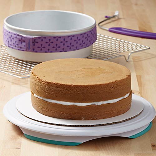 Wilton Bake-Even Strips, Takes Baking to the Next Level, Keeps Cakes More Level and Prevents Crowning with Cleaner Edges for a Professional Look and Easier Decorating, 6-Piece