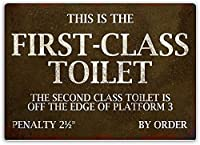 ファーストクラスのトイレの壁の金属のポスターレトロなプラークの警告ブリキの看板ヴィンテージ鉄の絵画の装飾オフィスの寝室のリビングルームクラブのための面白い吊り工芸品