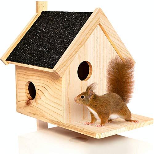 deintierhaus.de© | Eichhörnchen Kobel aus Naturholz - Nistkasten und Futterspeicher für Eichhörnchen - Eichhörnchenhaus, Eichhörnchenfutterhaus, Futterstation | ca. 39 x 33 x 34,5 cm