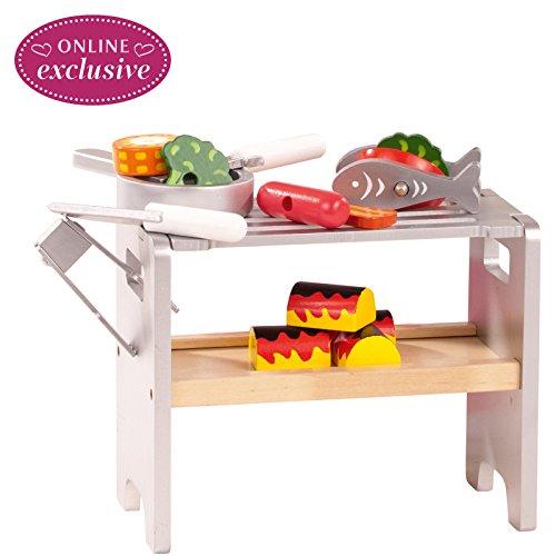 Götz 3402327 Barbecue-Set aus Holz - 29-teiliges BBQ-Set und Grill Set für Stehpuppen von 45 cm bis 50 cm - geeignet für Kinder ab 3 Jahren