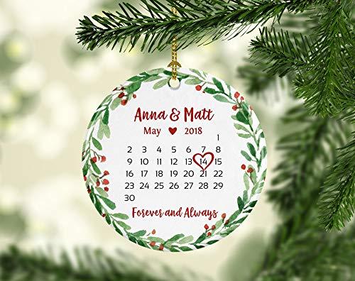 bruiloftscadeau voor een paar bruiloftscadeau voor bruid bruiloftscadeaus ideeën eerste kerst ornament getrouwd kalender ornament datum groen