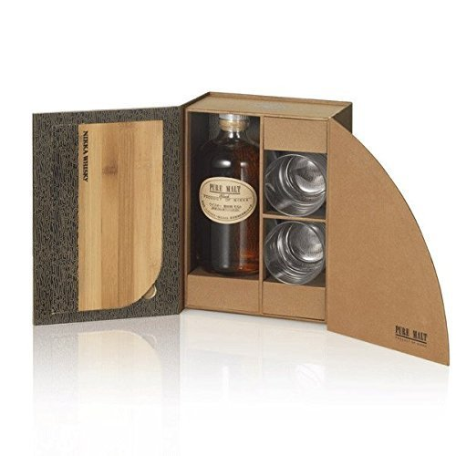 Nikka Pure Malt Black Whisky mit Gläsern 43% vol. 0,50l