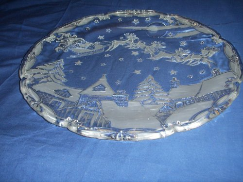 Mikasa Round Hostess Platter 15 1/2' Santa's Flight