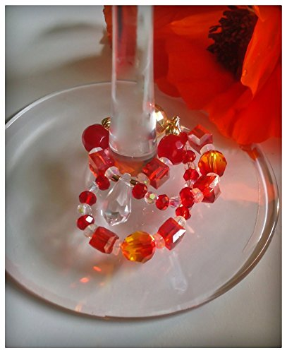 A contemporary creation of real jewels. Wine Glass Charm with Bling. Magnetic. Made in Canada. PROMO PRICE IN EFFECT.