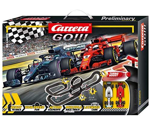 Carrera GO!!! No Limits Rennstrecken-Set | 8,9m elektrische Rennbahn mit Ferrari SF71H & Mercedes-AMG F1 W09 EQ Power+ | mit 2 Handreglern & Streckenteilen | Für Kinder ab 6 Jahren & Erwachsene