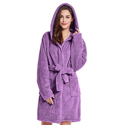 DecoKing Bademantel XXL violett kurz Damen Herren Unisex mit Kapuze Morgenmantel Steppung weich leicht kuschelig Microfaser Fleece Sleepyhead