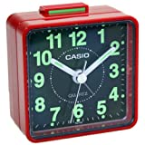 CASIO TQ-140-4D - Despertador analógico (5,7 x 5,7 x 3,3 cm) Rojo y Negro