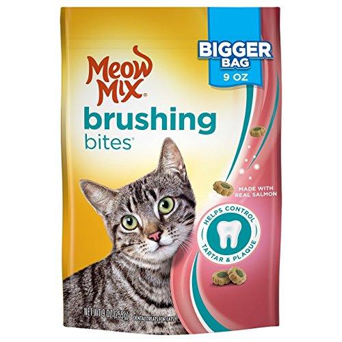 Brushing Bites by Meow Mix