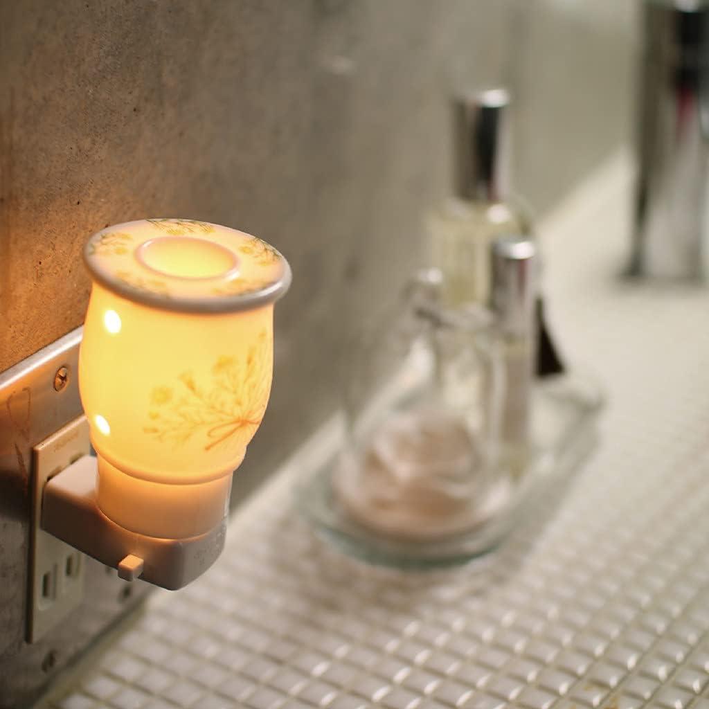 SPICE OF LIFE(スパイス) 陶器 アロマソケットライト カモミール 9.5×5×7.5cm コンセント式 香り 癒し リラックス 日本製 SO-CH