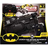 BATMAN Launch and Defend Batmobile - Vehículo de Control Remoto con Figura de acción Exclusiva de 10 cm