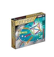 Un piccolo formato per una grande immaginazione. La scatola include 13 barrette in diversi colori glitter, 16 sfere e una base quadrata brillantinata Geomag è il gioco di costruzione magnetico più famoso al mondo, costituito da barrette magnetizzate ...