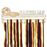 LAUBLUST Medaillenhalter Fussball - Personalisiert mit Sportler-Name & Vereinsname - Geschenk für Fußballer   35x13cm