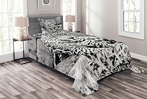 ABAKUHAUS Urwald Tagesdecke Set, Wilder Tiger Jaguar, Set mit Kissenbezügen Sommerdecke, für Einzelbetten 170 x 220 cm, Weiß Schwarz