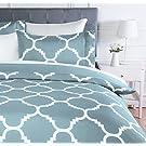 Amazon Basics Microfiber Duvet Cover Set, Light weight – 135 x 200 cm, Single - Dusty Blue Trellis
