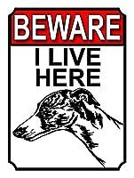 私がここに住んでいることに注意してください 金属板ブリキ看板警告サイン注意サイン表示パネル情報サイン金属安全サイン