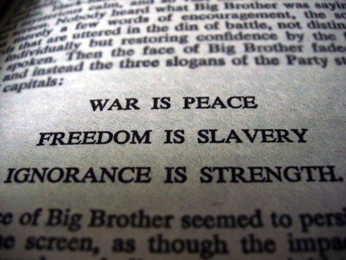 CIA Proxy Warfare, Drones and U.S. Imperial Hypocrisy (Mass Media Social Control Series Book 4) (English Edition)