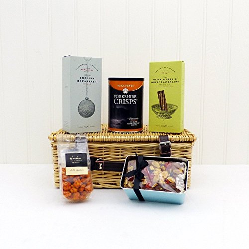 The Yorkshire Treats Wicker Gift Food Hamper - Gift ideas for Mum, Mothers Day, Dad, Fathers Day, him, her, Birthday, Anniversary, Corporate, Business gifts, Thank you