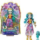 Royal Enchantimals Reina Paradise y Rainbow, muñeca pavo real con mascota de juguete (Mattel GYJ14)