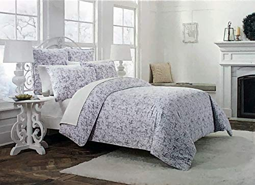 Cynthia Rowley New York 3pc Flannel Duvet Cover Set Holiday Woodblock Pattern Graphite Gray on White Pines Holly Reindeer 100% Cotton Luxury (Full/Queen)
