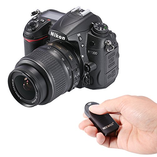 Neewer IR - Telecomando Shutter Release Senza Fili ML-L3 per Nikon D5300, D3200, D5100, D7000, D600, D610, P7000, P7100, Nikon J1, V1, Nikon 1 AW1 D40, D40X, D50, D60, D70, D70S, D80, D90, D3000, D5000, F55, F65, F75, N65, N75, Coolpix 8400, 8800 Pronea S, Nuvis S & Lite Touch Telecamere Zoom