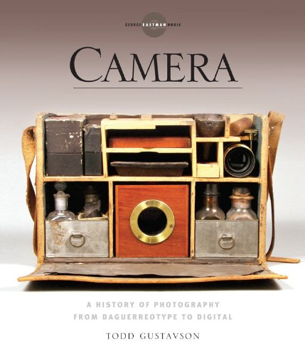Price comparison product image Camera: A History of Photography from Daguerreotype to Digital