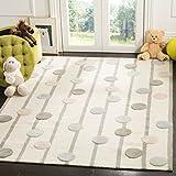 Safavieh Kids Collection SFK909A Handmade Polka Dot Stripe Wool Area Rug, 5' x 7', Ivory / Multi