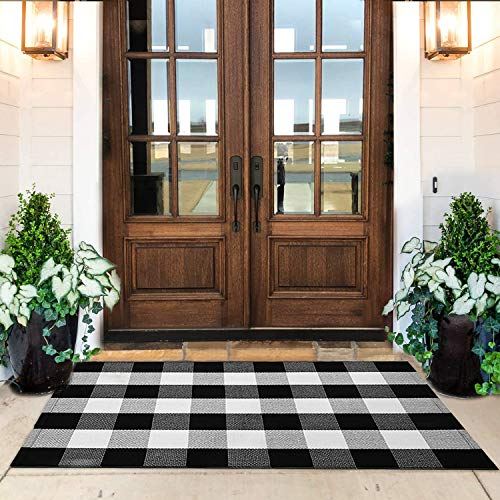 KaHouen Cotton Buffalo Check Rug 27.5 x 43 Inches, Buffalo Plaid Rug, Washable Hand-Woven Outdoor Checkered Rugs for Layered Door Mats/Kitchen/Farmhous (Outdoor Front Door Mat)
