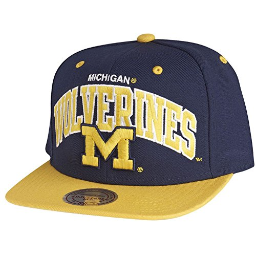 Mitchell & Ness Michigan Wolverines Team Arch Snapback Cap ND12Z Kappe Basecap