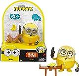 Minions GMF05 -,,Minions: Auf der Suche nach dem Mini-Boss' Loud N' Rowdy Bob, sprechende Actionfigur mit Bank, Filmfigur-Spielzeug für Kinder ab 4 Jahren