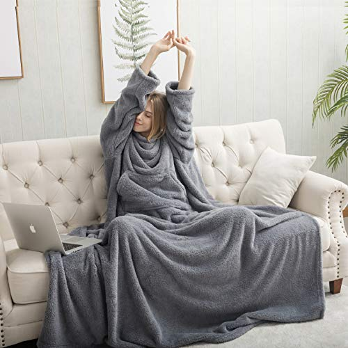 Bedsure Batamanta Mujer de Felpa Terciopelo - Manta con Mangas y Bolsillo para Pies de TV - Snuggle Blanket Suave y Acogedor Gris,170x200cm