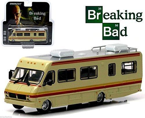 Greenlight Hollywood Breaking Bad RV 1986 Fleetwood Bounder Crystal Ship NIP by Greenlight