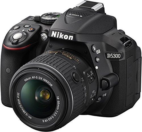 Nikon D5300 SLR-Digitalkamera (24,2 Megapixel, 8,1cm LCD-Display, Full HD, HDMI, WiFi, GPS, AF-System mit 39 Messfeldern) Kit inkl. AF-S DX 18-55 VR II Objektiv schwarz (Generalüberholt)