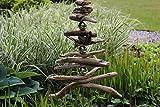 Gartendeko aus Treibholz mit Edelstahlkugeln